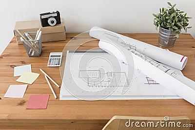 Escritorio de un arquitecto foto de archivo imagen 61937912 for Escritorio arquitecto