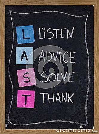 Escucha, el consejo, soluciona, agradece