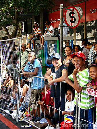 Espectadores do carnaval do Minstrel de Cape Town Foto de Stock Editorial