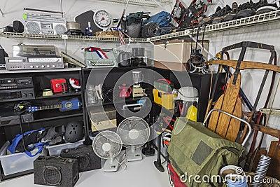 Esquina de la venta de garaje del vintage