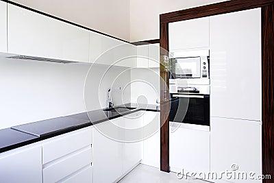 Esquina del interior de la cocina imagen de archivo for Banco de esquina para cocina