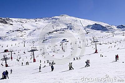 Estación de esquí Fotografía editorial