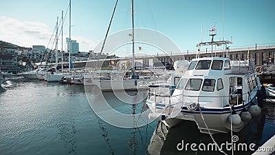 Estacionamiento en barco en Tenerife almacen de metraje de vídeo