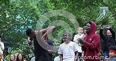 Estilo masculino preto novo de Hip Hop da dança