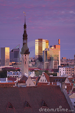 Estonia: Blue hour cityscape in Tallinn