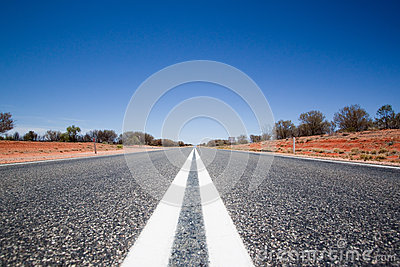 Estrada reta inoperante