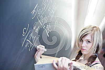 Estudiante universitario bastante joven
