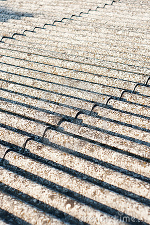 Strato ondulato del tetto del cemento amianto (eternit) fotografie ...