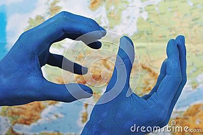 EU hands