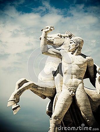 EUR Statue
