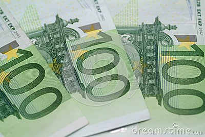 Euro 100