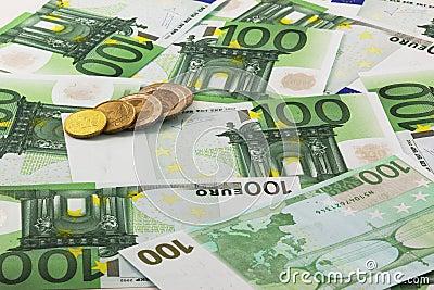 Euro bankbiljetten en muntstukken
