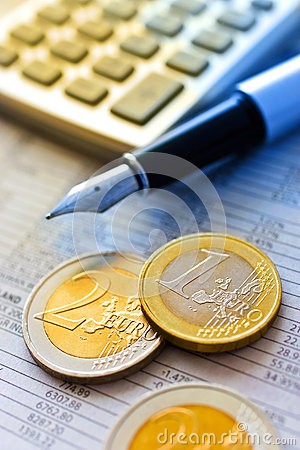 Free Euro Coins And Pocket Calculator Royalty Free Stock Images - 62867939