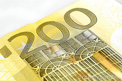 Euro hundra två