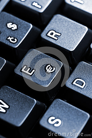 euro key on computer keyboard
