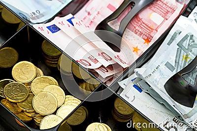 Euro money till