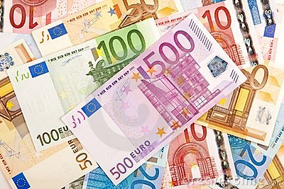 Eurobanknotes of 100 and 500