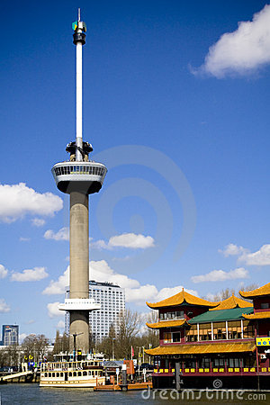 Euromast Kontrollturm in Rotterdam Redaktionelles Bild