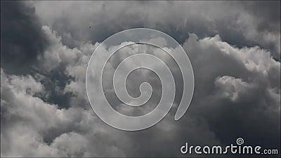 Evening chmurnieje w Falkensee, Brandenburg Niemcy zdjęcie wideo