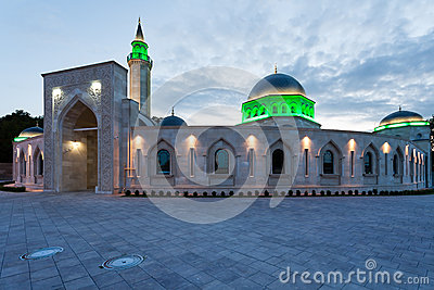 Evening view of Ar Rahma mosque