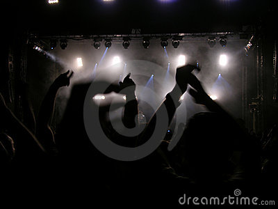 Everybody Put Your Hands Up (Concert)