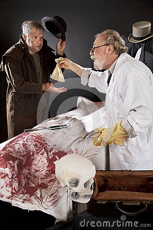 Evil doctor pays graverobber