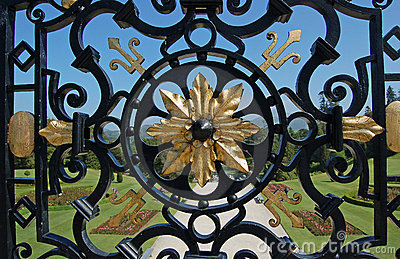 Example of craftsmanship wrought iron fence