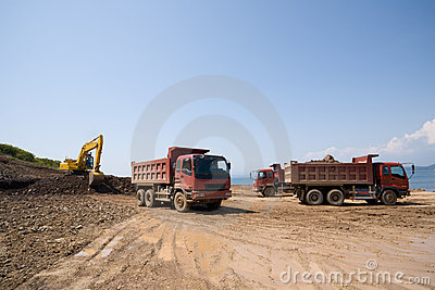 Excavator & dump trucks