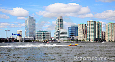 The exciting speed boat racing on Hudson River Editorial Stock Image