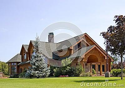 Executive Log Estate