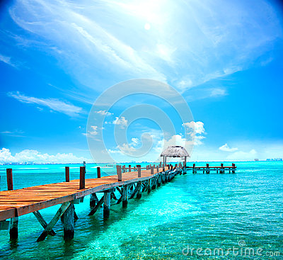 Free Exotic Caribbean Island. Tropical Beach Resort Royalty Free Stock Photo - 87825755