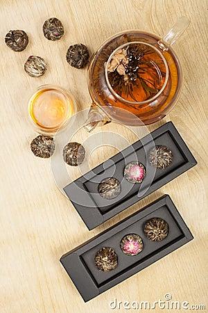 Free Exotic Green Tea Glass Teapot Stock Images - 69643214