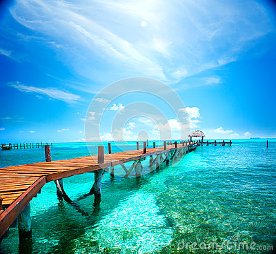 Free Exotic Tropical Resort. Jetty Near Cancun, Mexico Royalty Free Stock Photography - 87825747