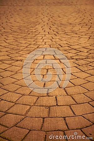 Expanding pavers horizontal