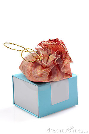 Expensive gift pouch