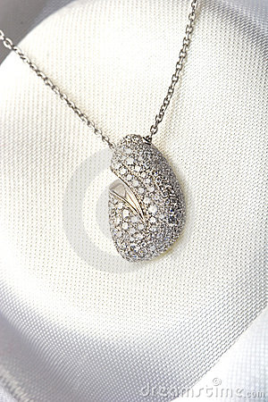 Expensive jewelry pave diamond necklace white gold