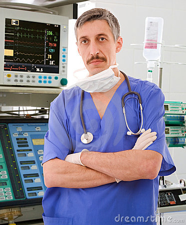 Experienced physician in ICU