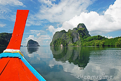 Explore islands of Thailand