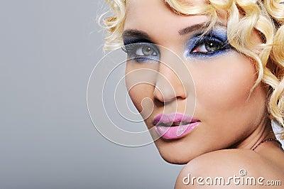 Expressive glamour girl