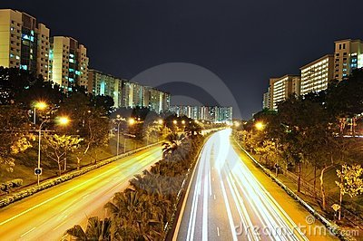 An expressway surrounded by apartments