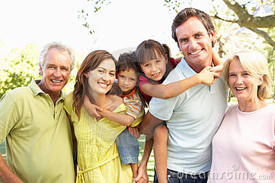 Extended Group Of Family Enjoying Day