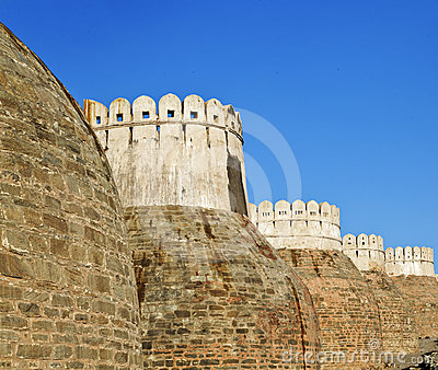 Exterior Castle bastions Kumbhalghar Fort