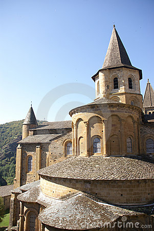 Exterior chapels and turrets