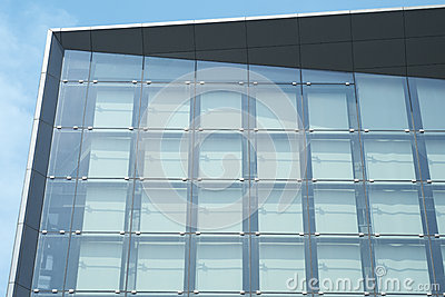 Exterior Glass Walls in Sun
