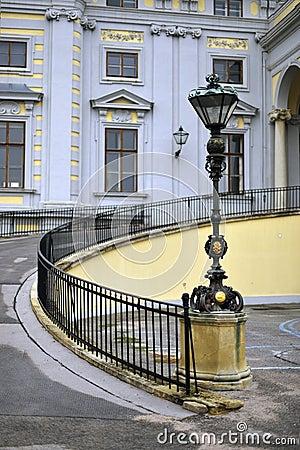 Exterior mansion driveway