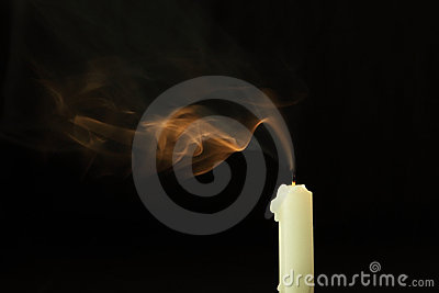 Extinguish the candle and smoke