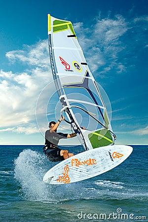 Extreme windsurfing truc Redactionele Fotografie