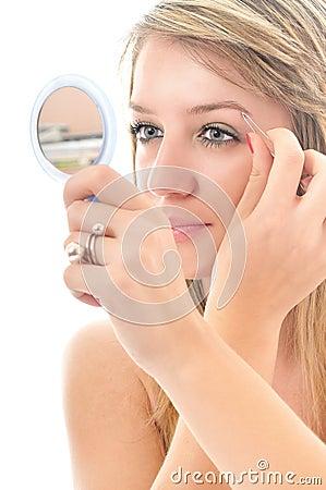 Eye brow beauty treatment