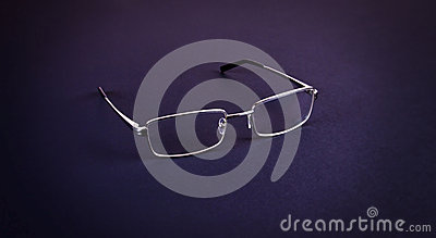 EYE GLASS
