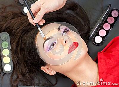 Eyebrow makeup with brush